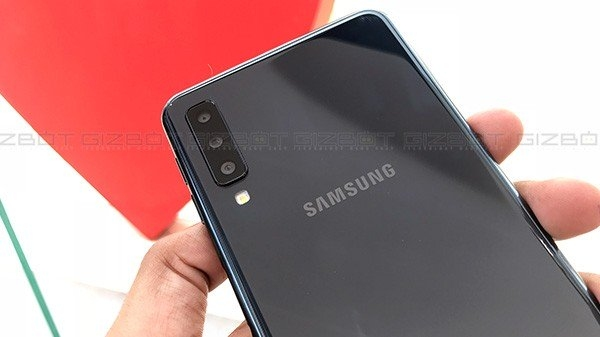 Samsung Galaxy S10 ফোনের পিছনে থাকবে তিনটি ক্যামেরা