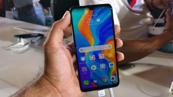 শিঘ্রই অ্যামাজনে বিক্রি শুরু হবে Huawei P30 Lite